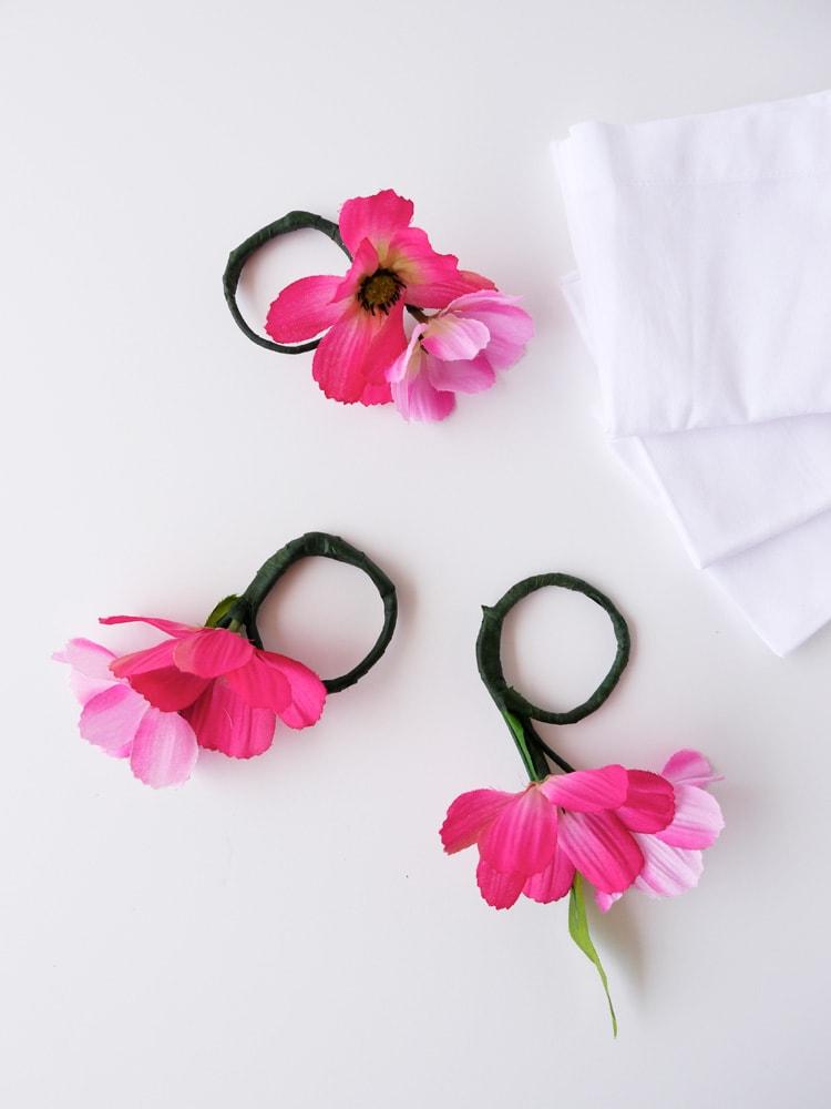 DIY-Floral-Napkin-Rings-Freutcake-9
