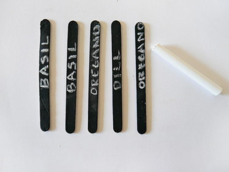 DIY-Chalkboard-Herb-Markers-3