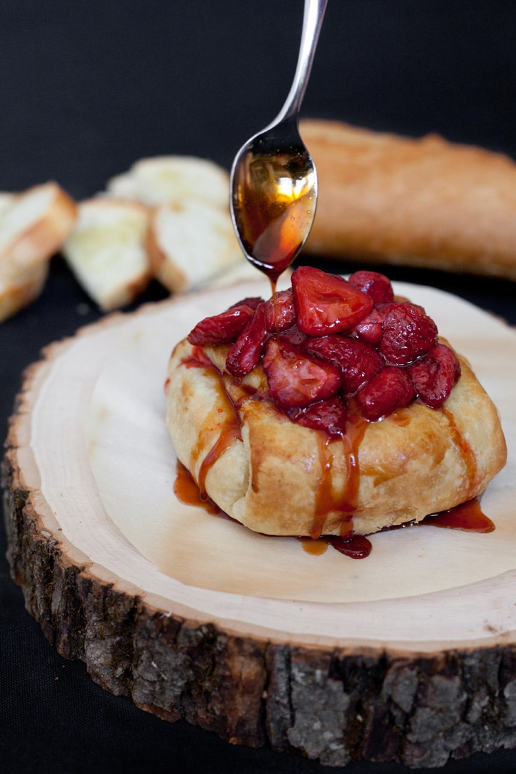 Baked Brie Roasted Strawberries