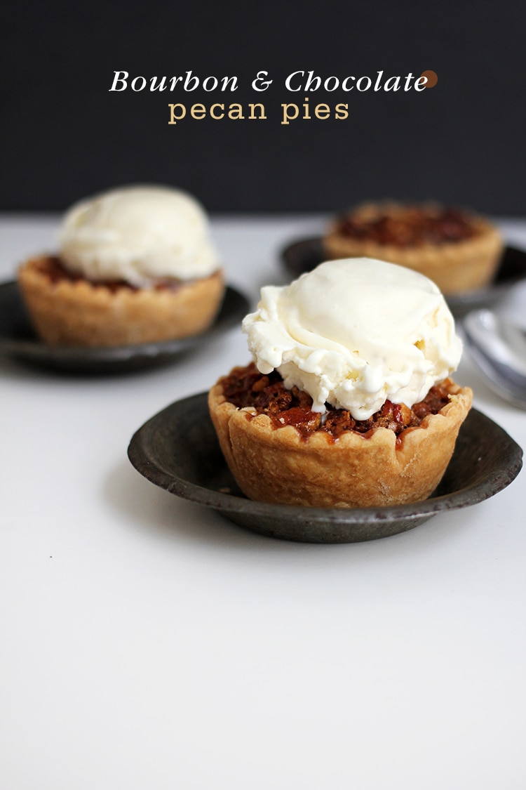 Mini Bourbon Chocolate Pecan Pies | Freutcake