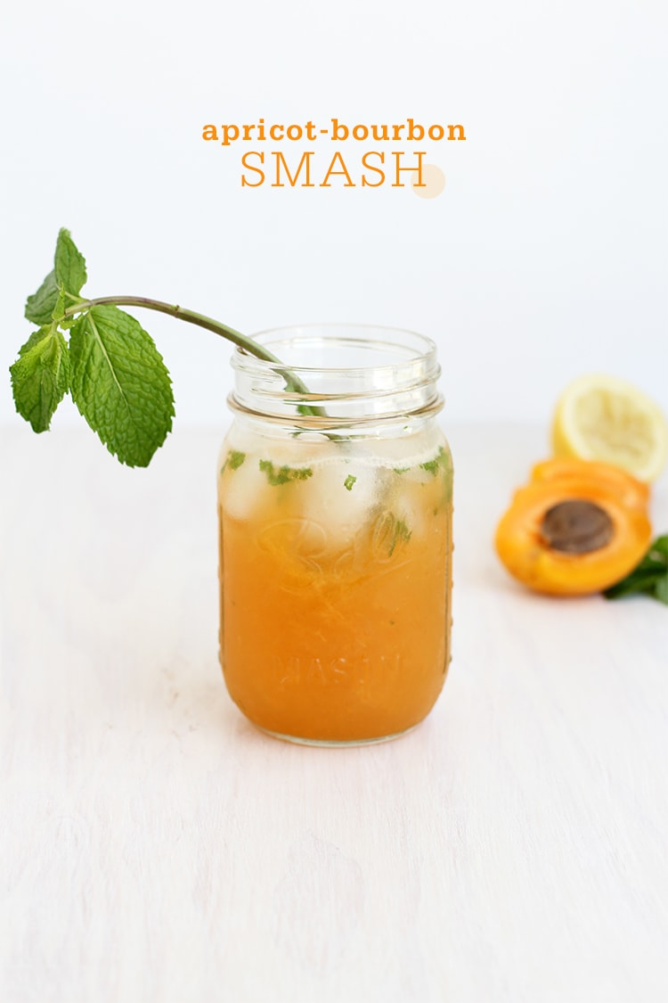 Apricot Bourbon Smash Cocktail | Freutcake
