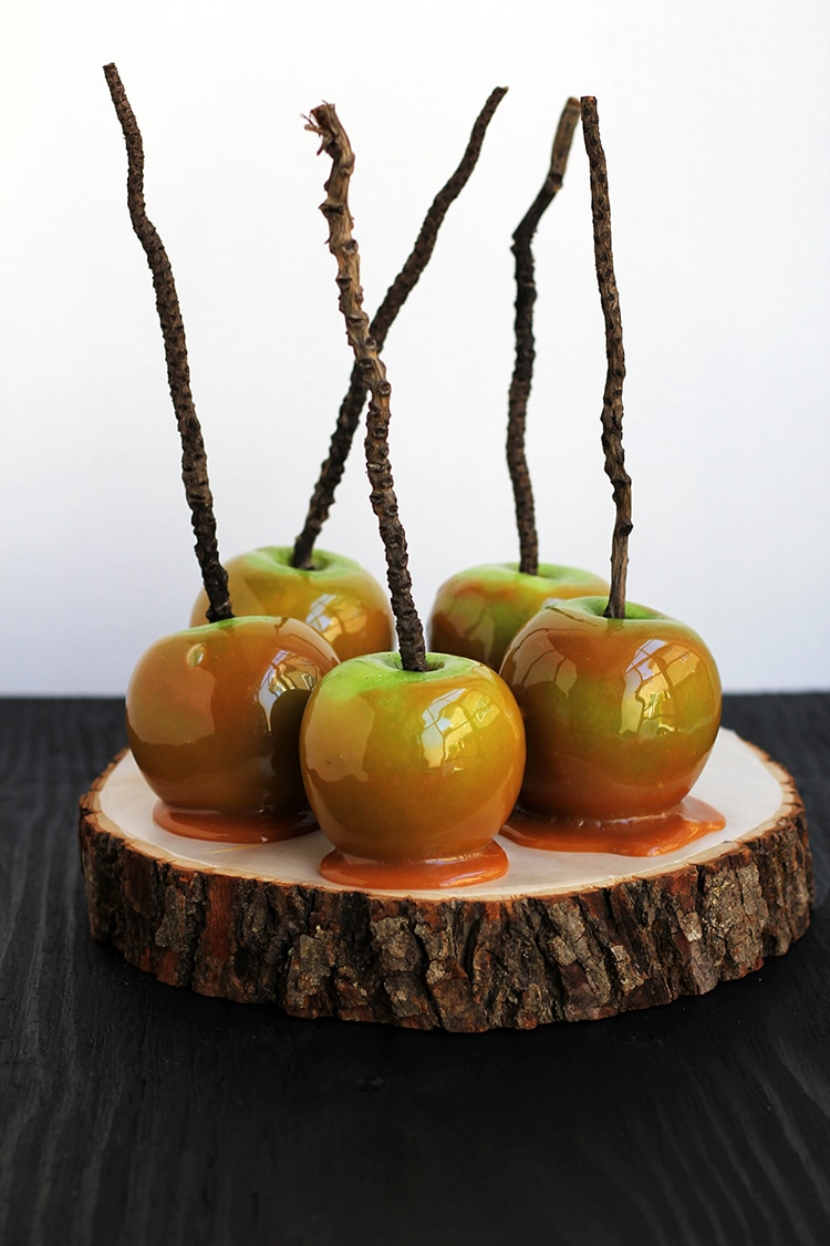 Easy Caramel Apples Easy Wormy Caramel Apples
