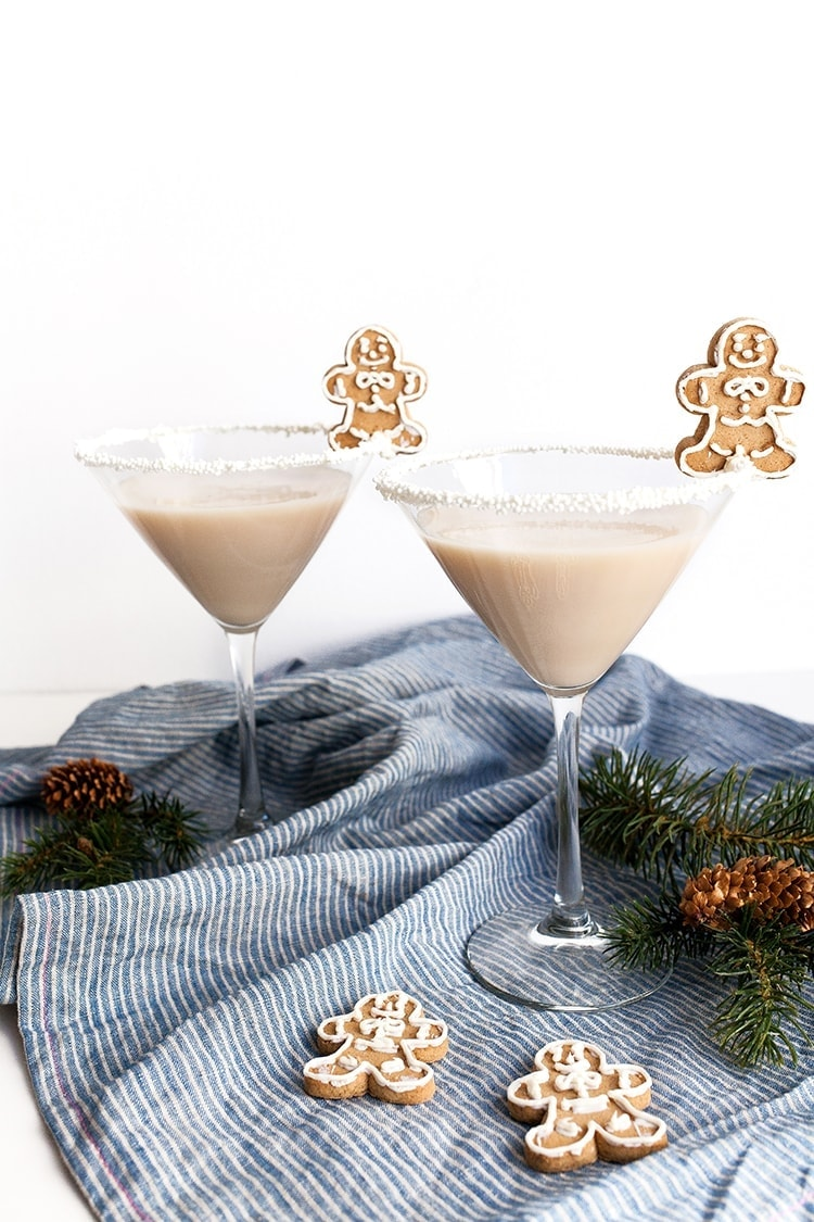 Frosted Gingerbread Martini