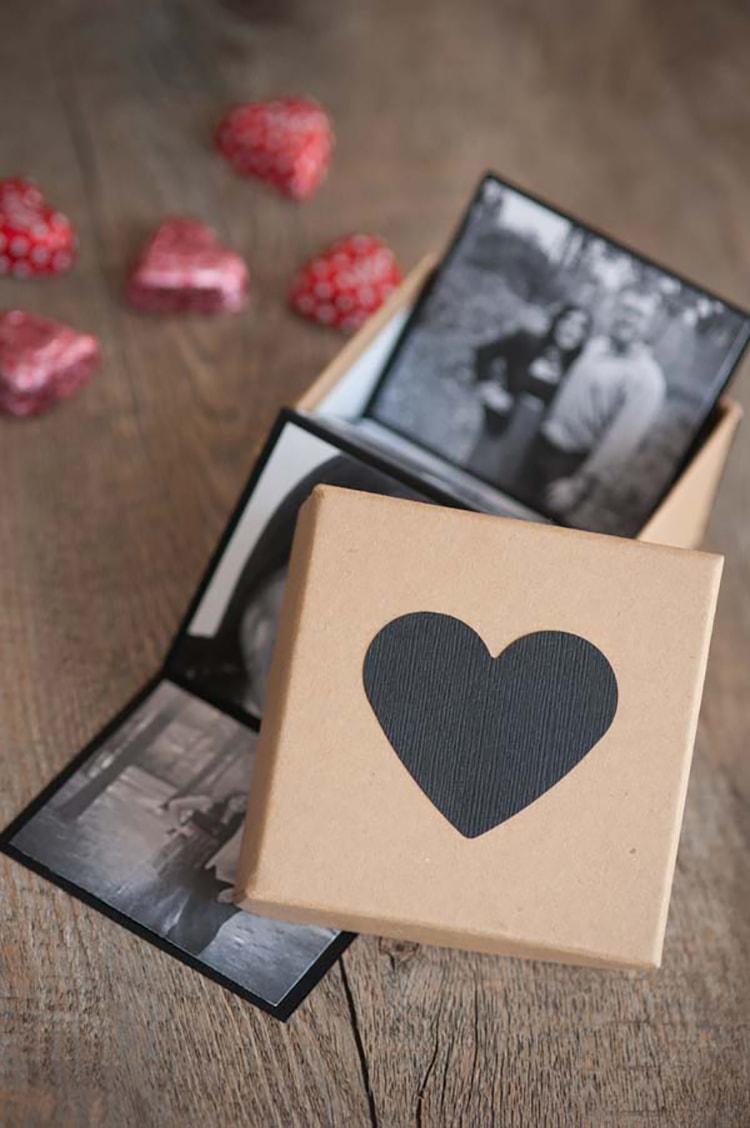 DIY Valentines Photo Strip