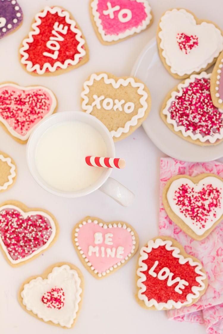 Conversation Heart Sugar Cookies | Freutcake