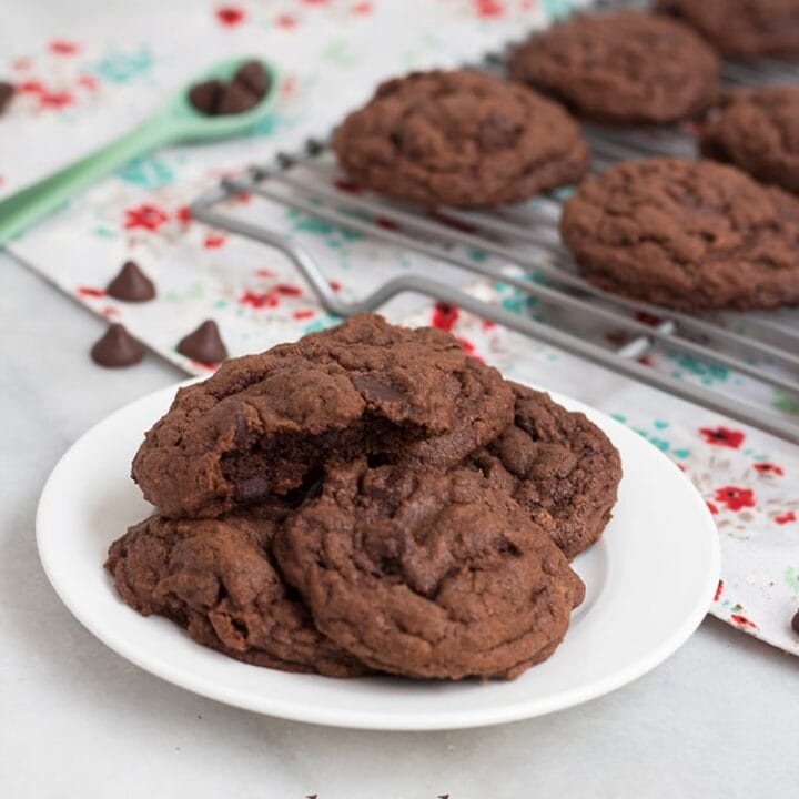 Easy Chocolate Pudding Cookies