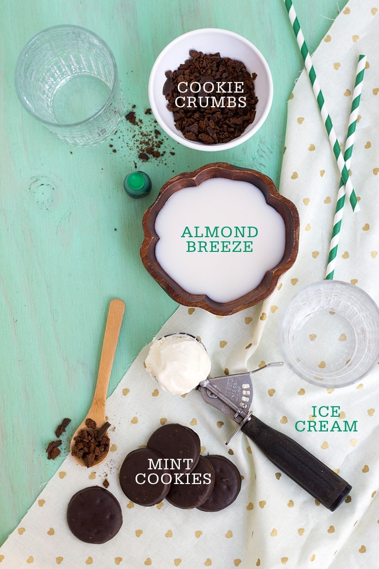 Mint Chocolate Cookie Shakes