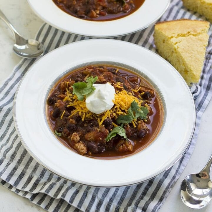 Easy Turkey and Black Bean Chili