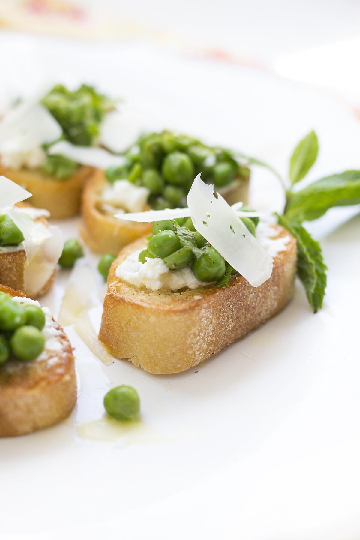 sweet pea and ricotta crostini