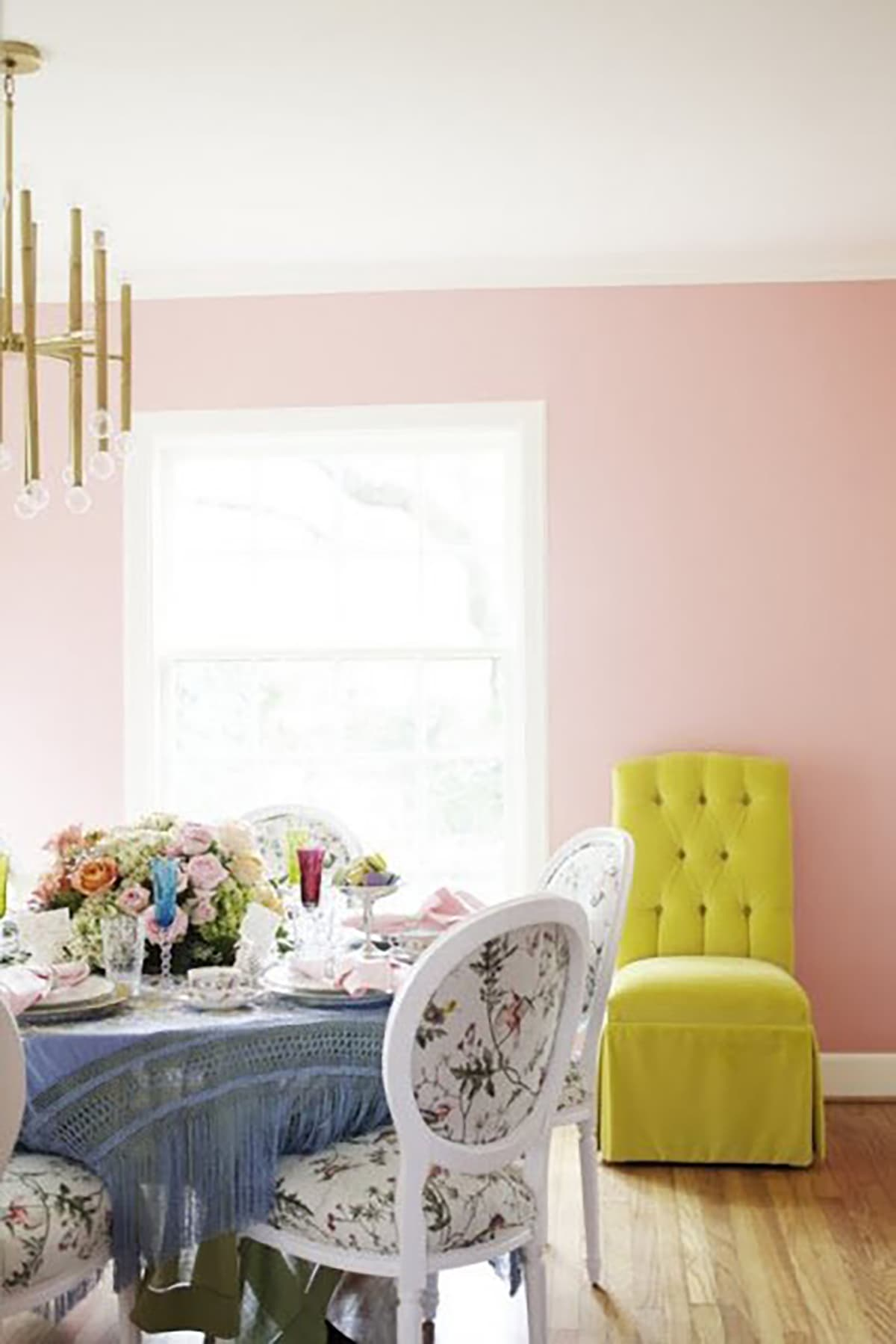 My Daughters Box Room Right Side: A Pale Pink Dining Room