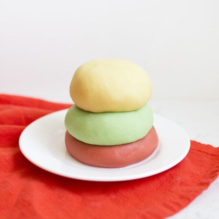 How to Make Homemade Jello Playdough