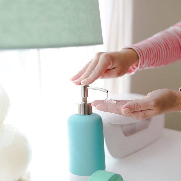 Homemade Lavender Hand Sanitizer