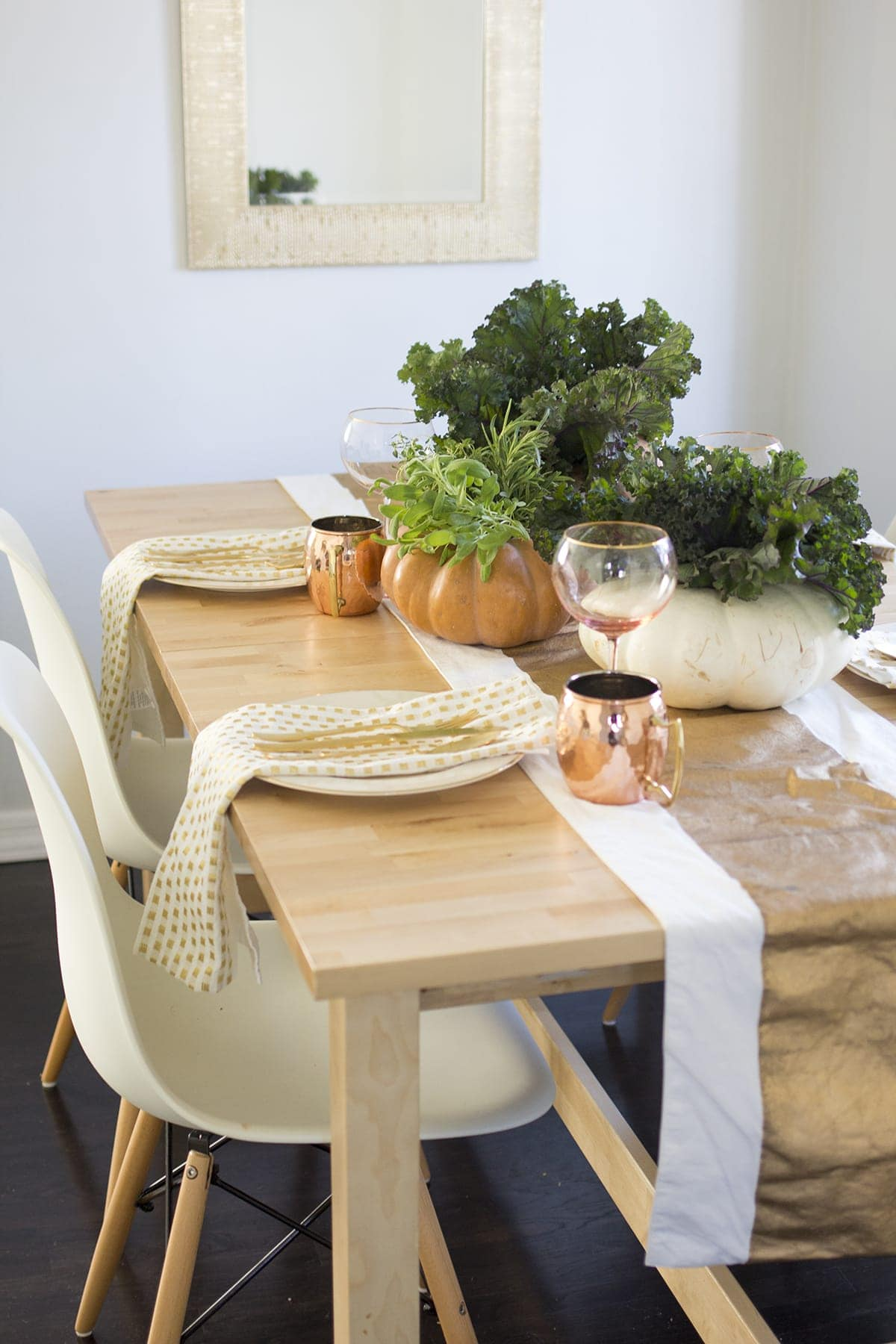 Easy Edible Thanksgiving Centerpieces