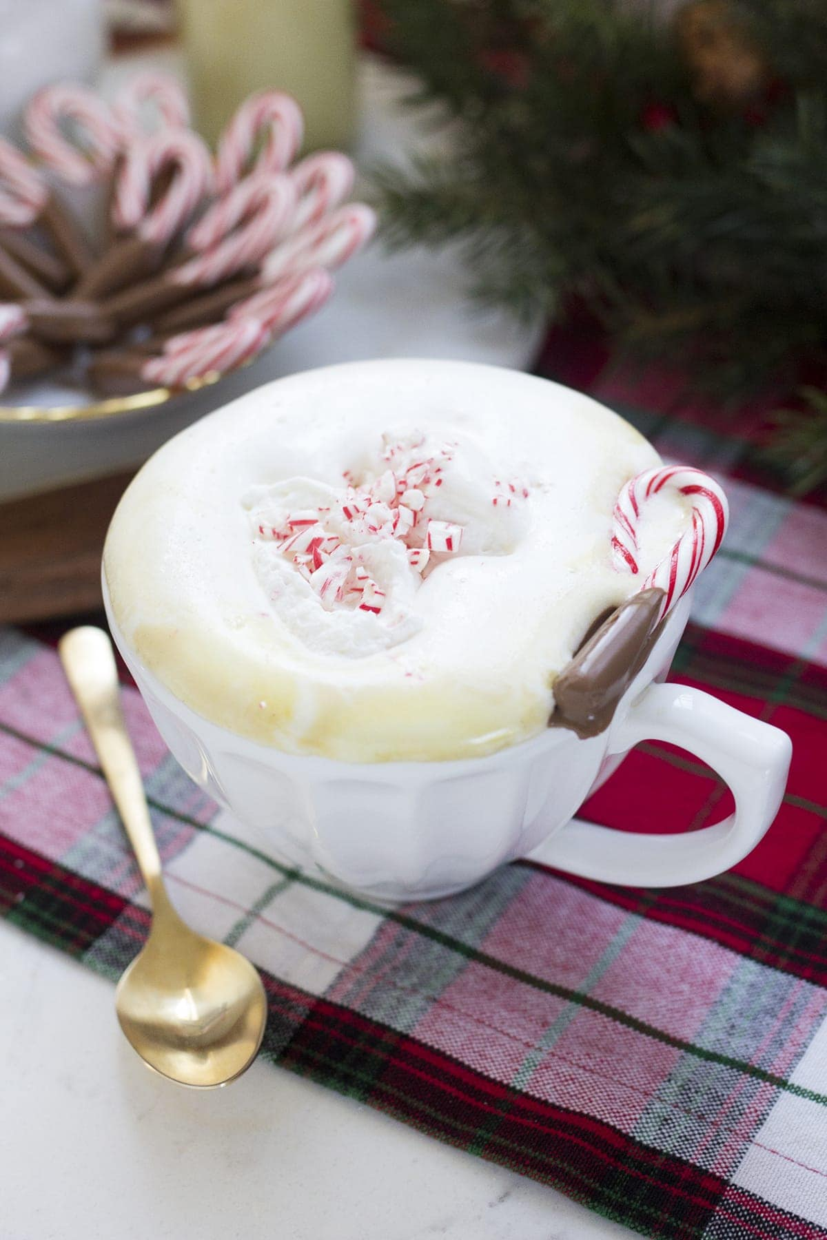 Peppermint White Mochas, Brewed with Keurig®