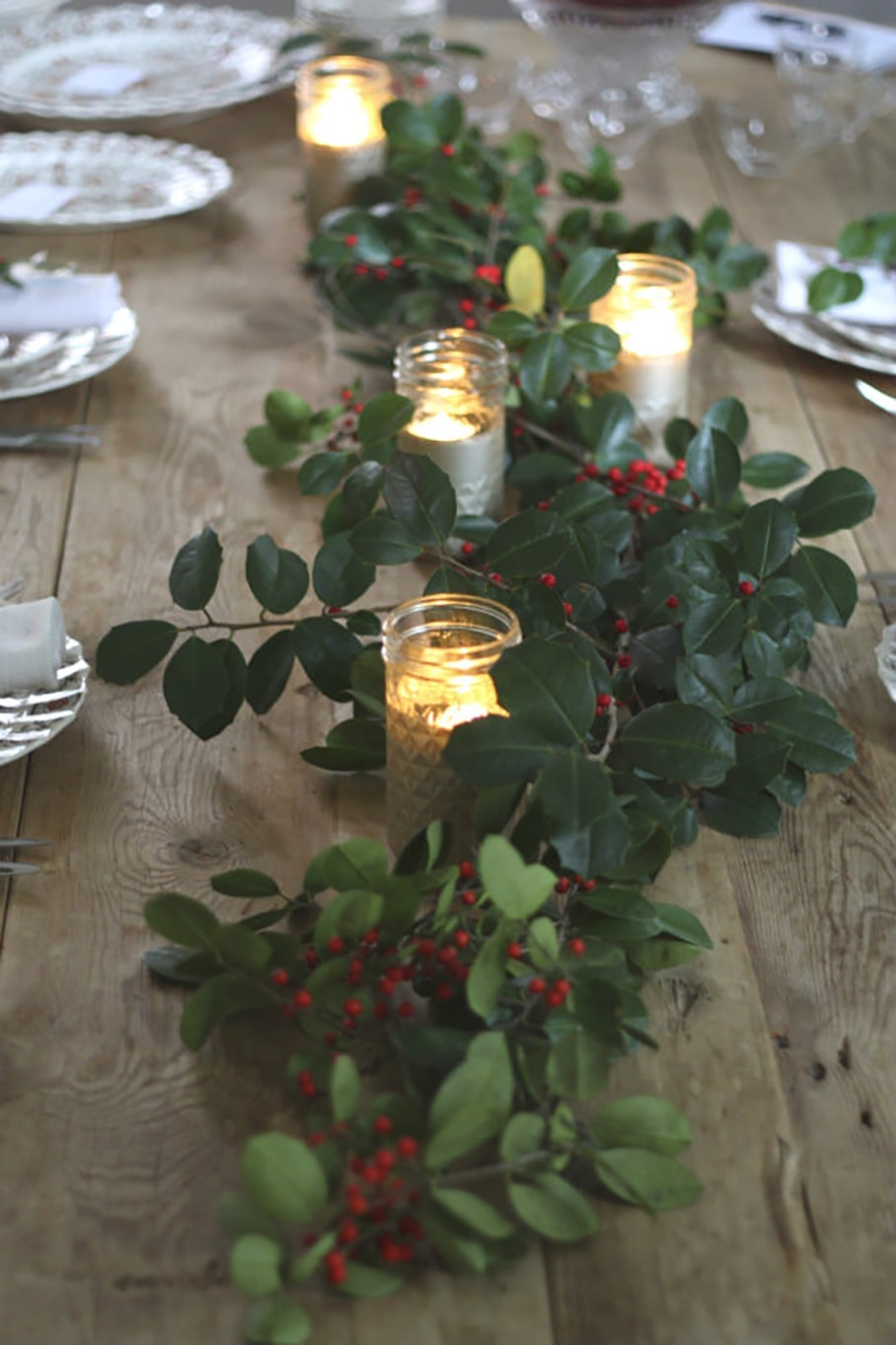 10 inspiring christmas table ideas freutcake for Christmas table decorations to make at home