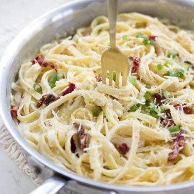 Fettuccine Alfredo with Sundried Tomatoes
