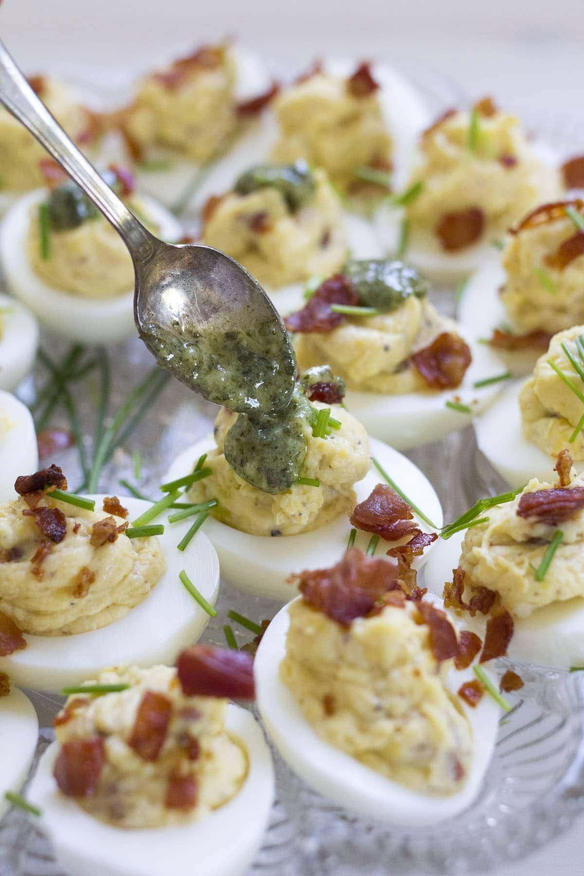 Italian Deviled Eggs - Freutcake