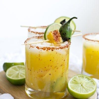 Delicious Spicy Mango Jalapeño Margarita