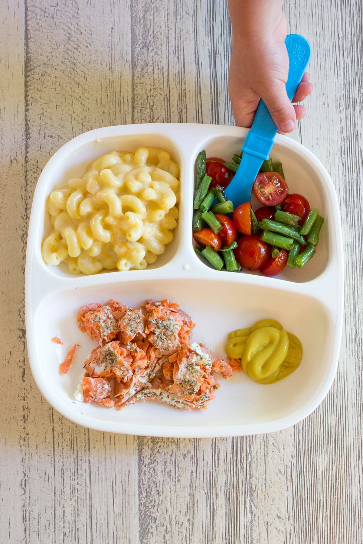 What I Fed the Twins this Week: Healthy and fun toddler meal ideas that can be made for the whole family.