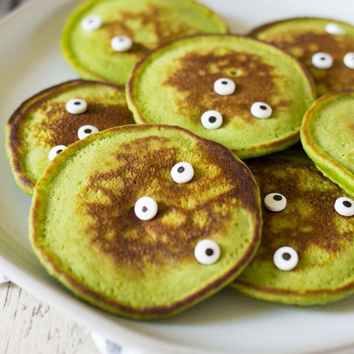 Healthy Halloween Monster Pancakes for Kids made with fresh spinach and no food coloring!