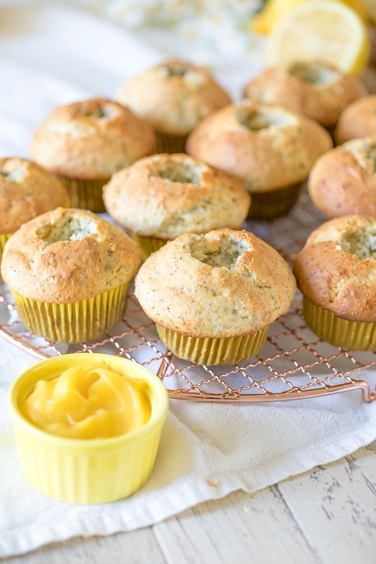 Lemon Poppyseed Muffins with Lemon Curd Filling