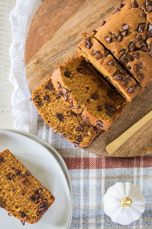 The Best Chocolate Chip Pumpkin Bread Recipe