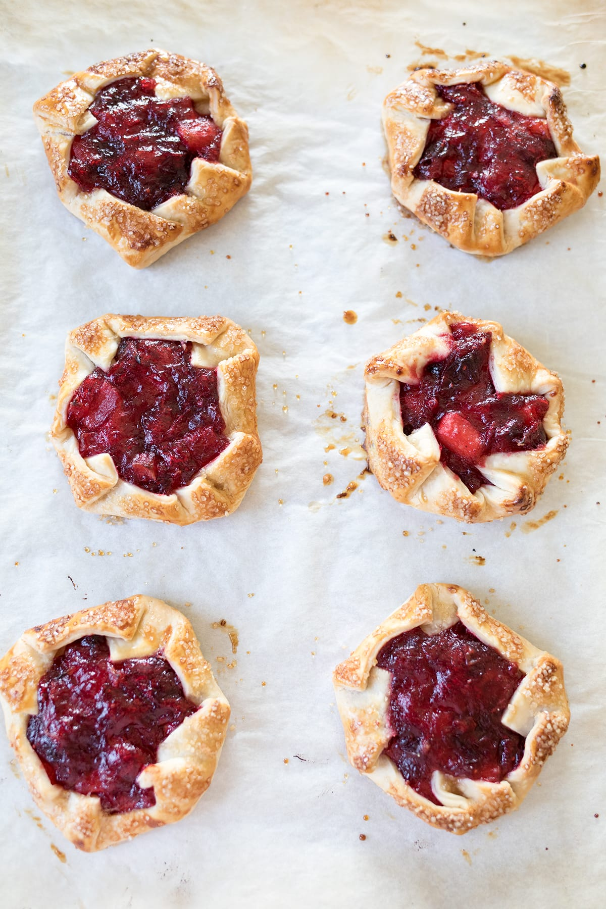 Easy Cranberry Apple Tarts #Thanksgiving #cranberrytart #easypie #thanksgivingpie