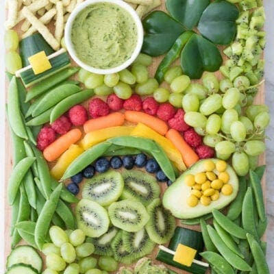 10 St. Patricks Day Snack Boards