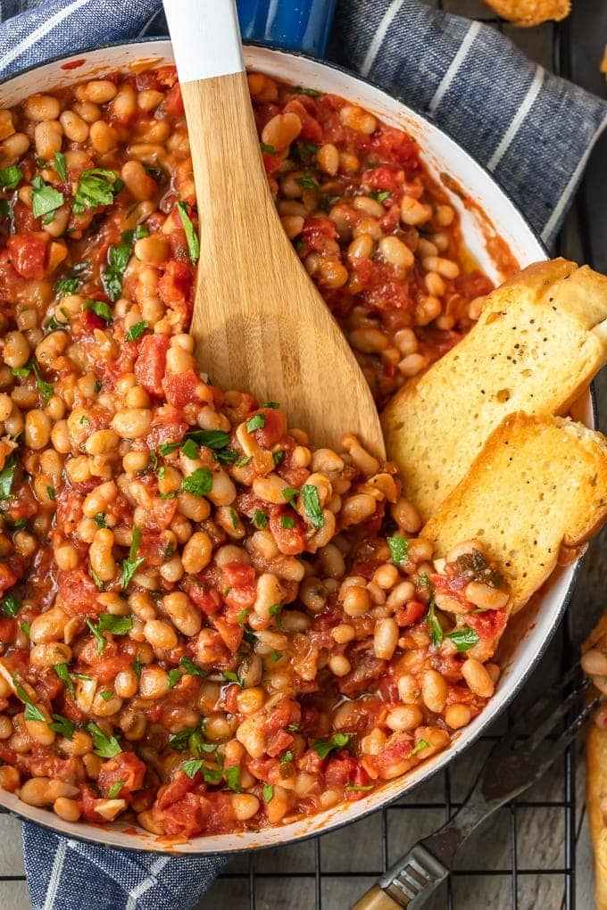 White Beans with Tomatoes and Garlic