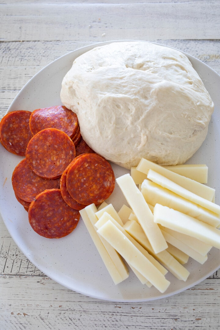Recipe for Easy Pepperoni Rolls